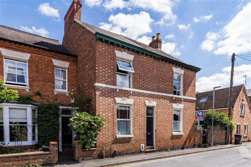 2 Bedrooms Terraced House for sale in Park Street, Loughborough, LE11