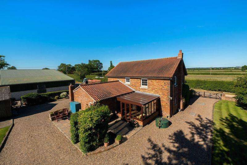 4 Bedrooms Detached House for sale in Gautby, Market Rasen in 10 acres with Equestrian facilities