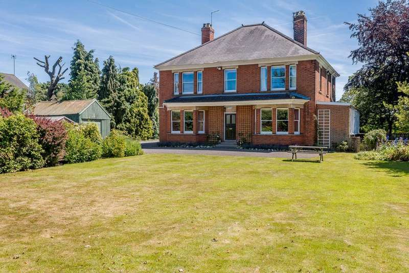 6 Bedrooms Unique Property for sale in Rollesby Road, Martham, Great Yarmouth, Norfolk, NR29