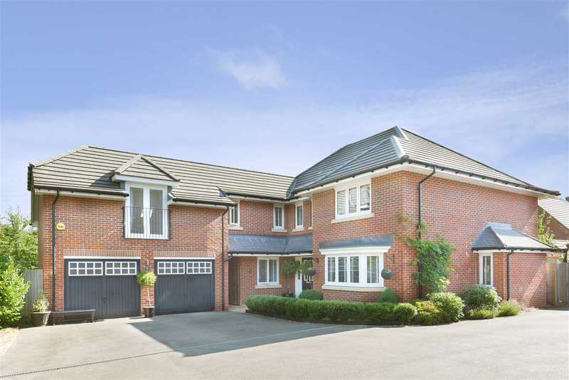 5 Bedrooms Detached House for sale in CARROLL CLOSE, WHITELEY