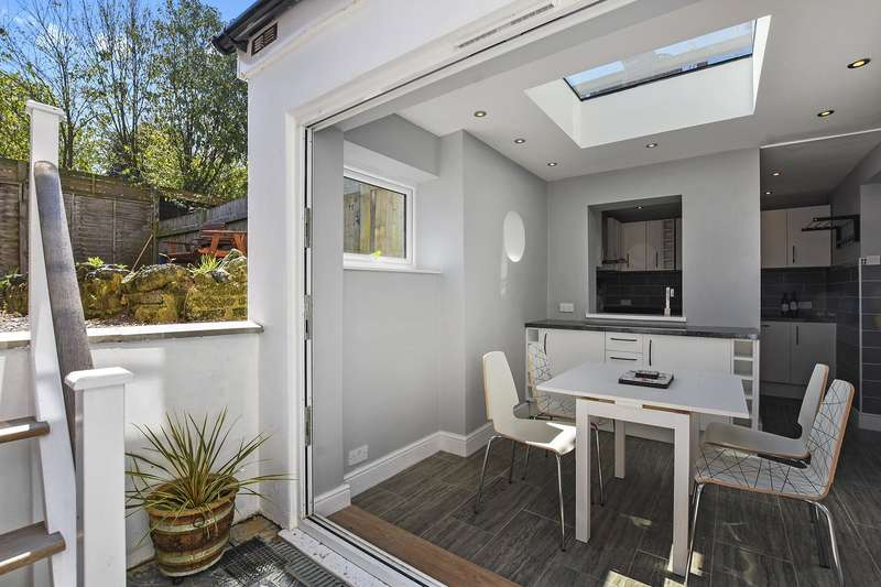 3 Bedrooms House for sale in Tollington Park, Stroud Green, London, N4