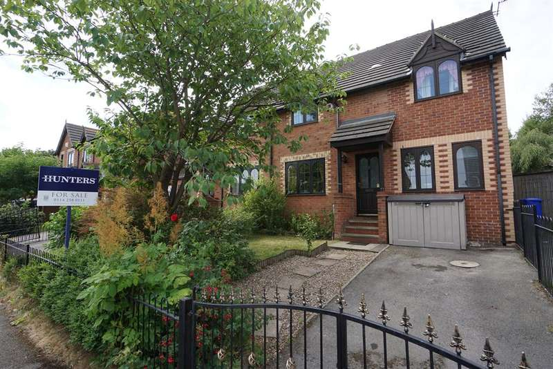 5 Bedrooms Semi Detached House for sale in Castledale Grove, Sheffield, S2 1NJ