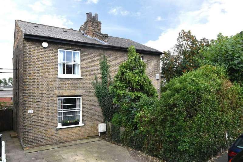 3 Bedrooms Semi Detached House for sale in Halifax Street