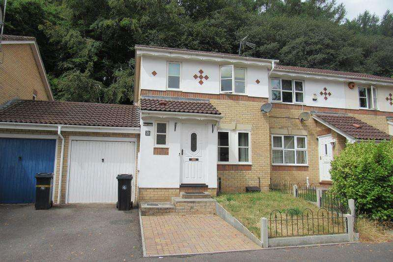 3 Bedrooms End Of Terrace House for sale in Evans Close,St Annes Park, Bristol