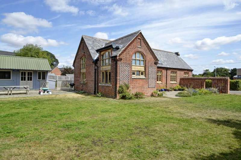 4 Bedrooms Detached House for sale in Earsham, Bungay, Suffolk