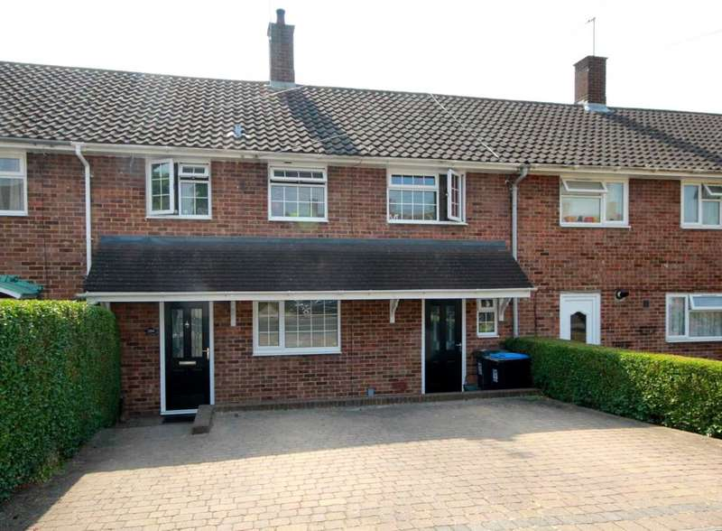 3 Bedrooms House for sale in EXTENDED 3 DOUBLE Bedroom with GARAGE and DRIVEWAY in HP1