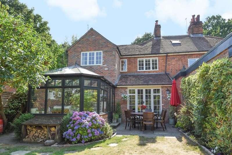 3 Bedrooms End Of Terrace House for sale in Hendeys Cottages, Mortimer, RG7
