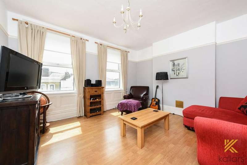 2 Bedrooms Flat for sale in Deptford Broadway, London, SE8