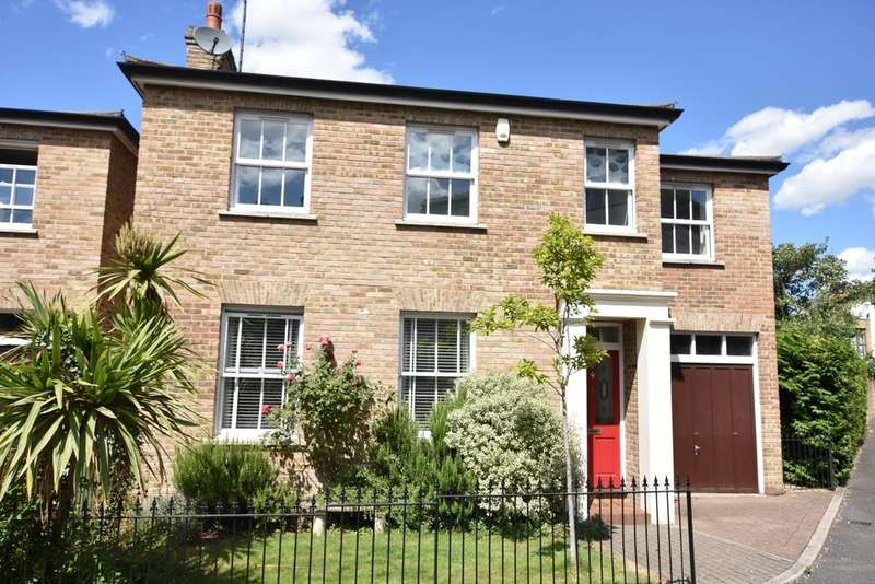 5 Bedrooms Detached House for sale in Admirals Gate Greenwich SE10