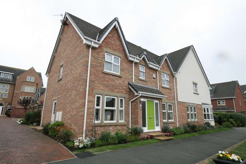 5 Bedrooms Semi Detached House for sale in Victory Boulevard, Lytham