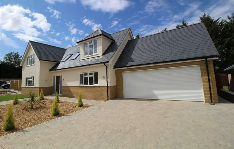 4 Bedrooms Detached House for sale in Hutton Grange, North Drive, Hutton, Brentwood, Essex
