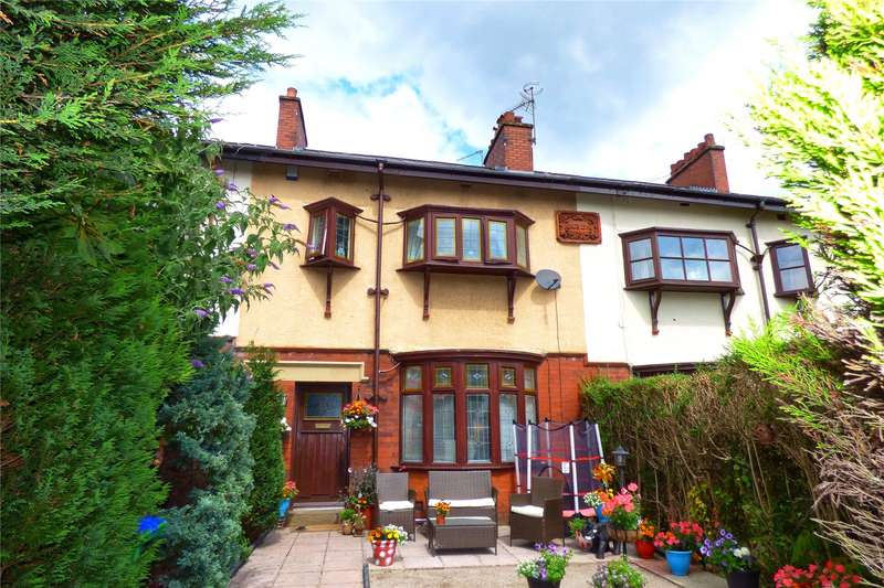 3 Bedrooms Terraced House for sale in Bury Old Road, Heywood, Greater Manchester, OL10