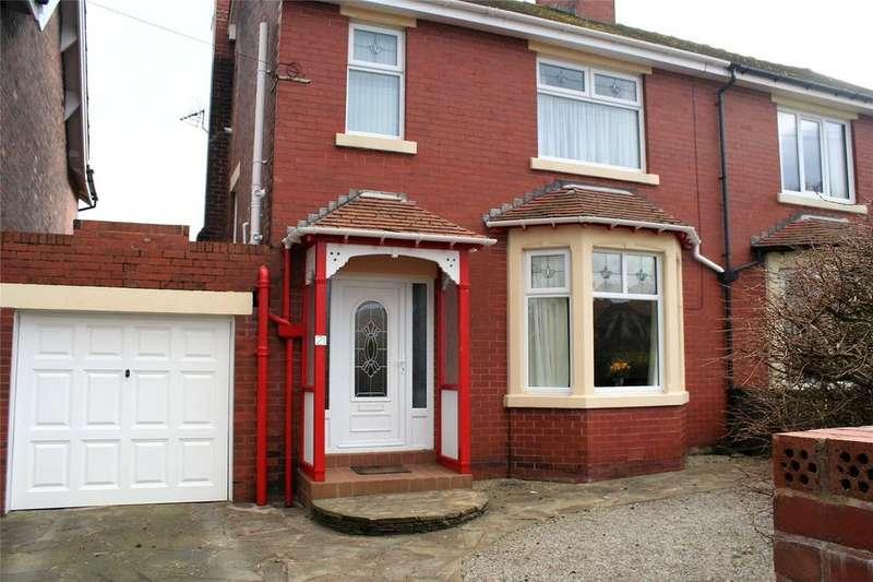 3 Bedrooms Semi Detached House for sale in Warren Avenue South, Fleetwood, FY7