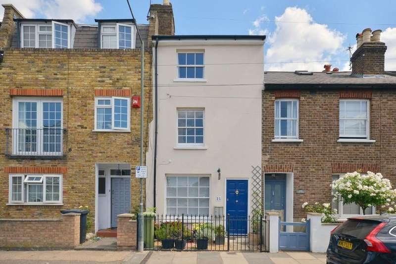 3 Bedrooms House for sale in Cross Street, Barnes, SW13