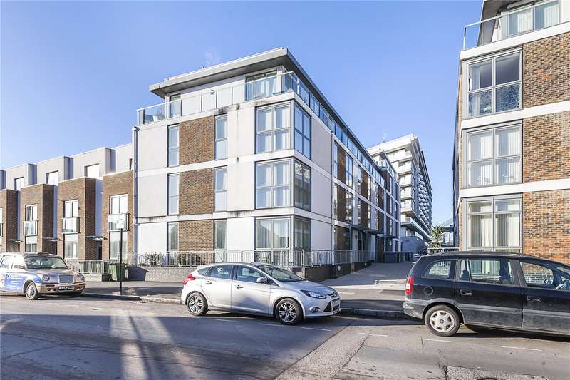 2 Bedrooms Flat for sale in Sir Walter Raleigh Court, 66 Banning Street, London, SE10