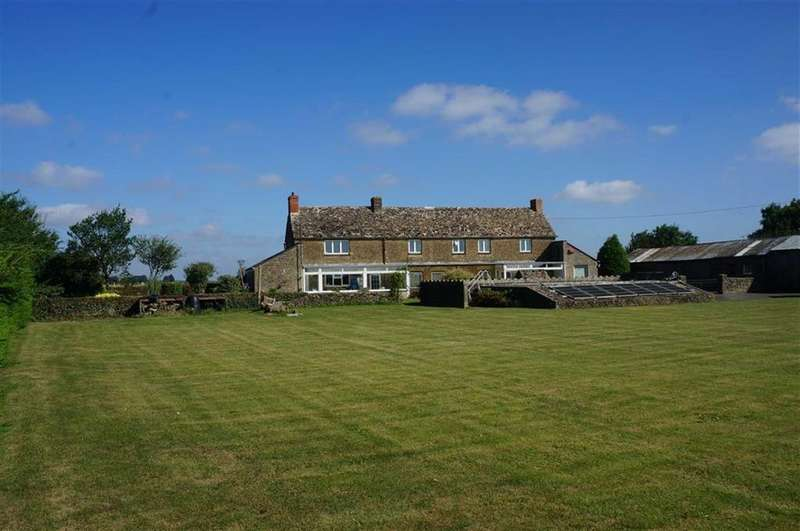 3 Bedrooms Detached House for sale in South Cerney, Cirencester, Gloucestershire