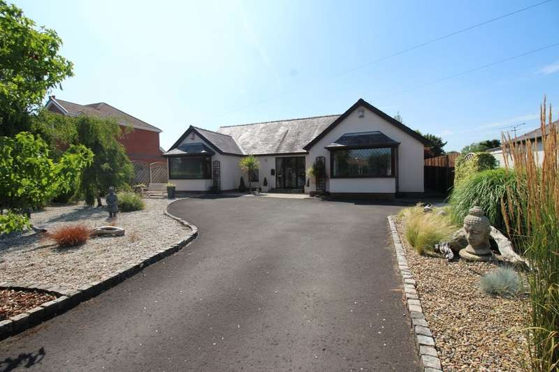 4 Bedrooms Detached Bungalow for sale in Hoghton Lane, Hoghton, Preston, PR5
