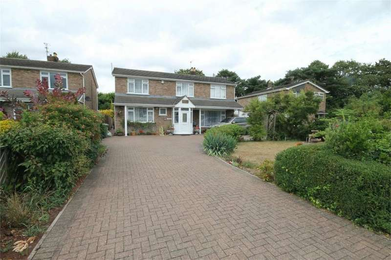 5 Bedrooms Detached House for sale in Fenbrook Close, Hambrook, Bristol