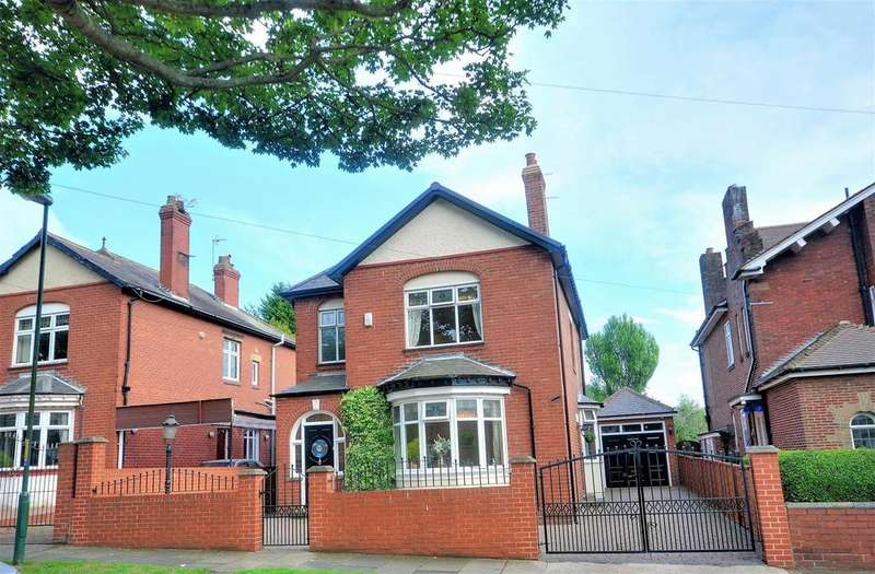 4 Bedrooms Detached House for sale in Moore Avenue, South Shields