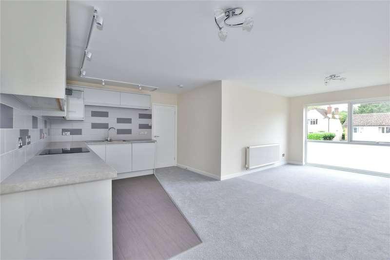 3 Bedrooms Flat for sale in Grenville Court, Chorleywood, Hertfordshire, WD3
