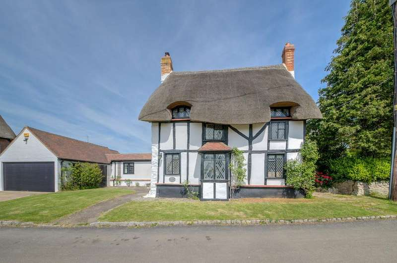 3 Bedrooms Detached House for sale in Old End, Padbury