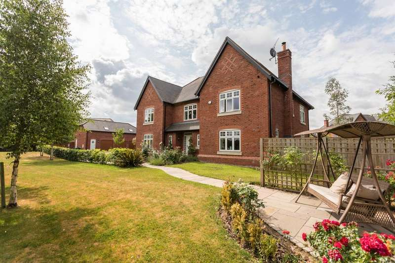 5 Bedrooms Detached House for sale in Meadowside, Smallwood