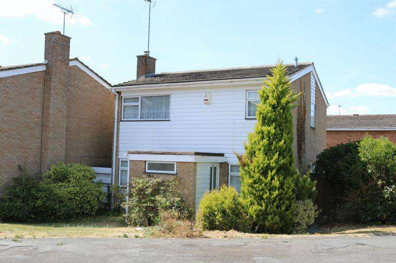 4 Bedrooms Detached House for sale in Detached on a Corner Plot