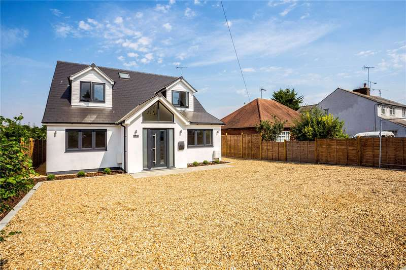 4 Bedrooms Detached House for sale in Park Lane, Lane End, High Wycombe, Buckinghamshire, HP14