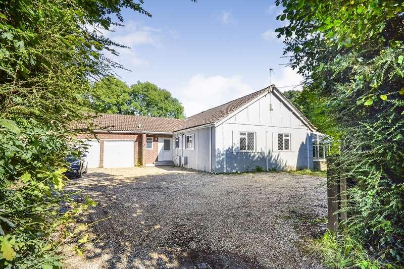 3 Bedrooms Detached Bungalow for sale in Sandrock Hill, Sedlescombe, TN33