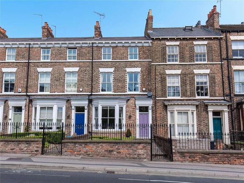 4 Bedrooms Terraced House for sale in Holgate Road, York, YO24