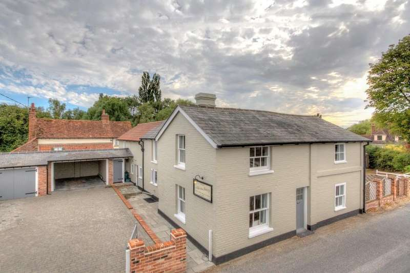 5 Bedrooms Detached House for sale in Layer Road, Abberton