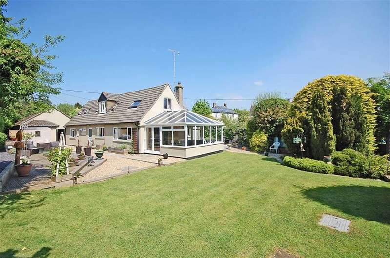 4 Bedrooms Detached House for sale in Station Road, Andoversford, Cheltenham, GL54