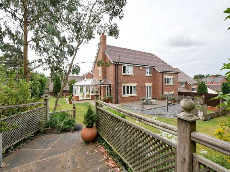 4 Bedrooms Detached House for sale in 4 Swallow Drive, Kelsall, CW6 0GD