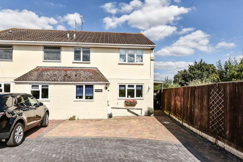 4 Bedrooms House for sale in Fifield Road, Maidenhead, SL6