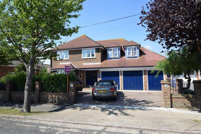 5 Bedrooms Detached House for sale in Labworth Road, Canvey Island