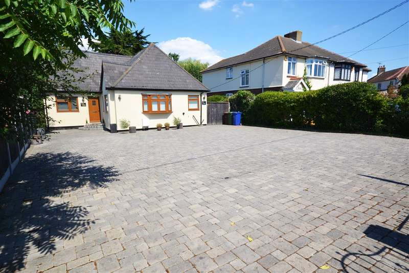 5 Bedrooms Detached Bungalow for sale in Orsett Road