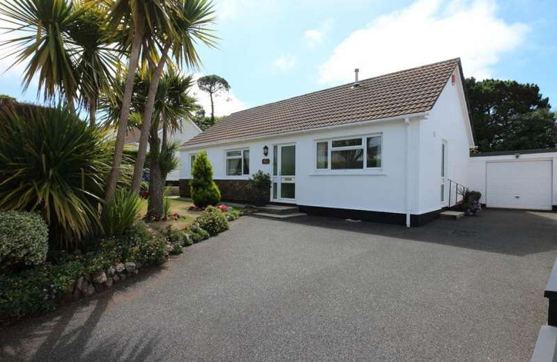 3 Bedrooms Property for sale in Harefield Crescent, Camborne