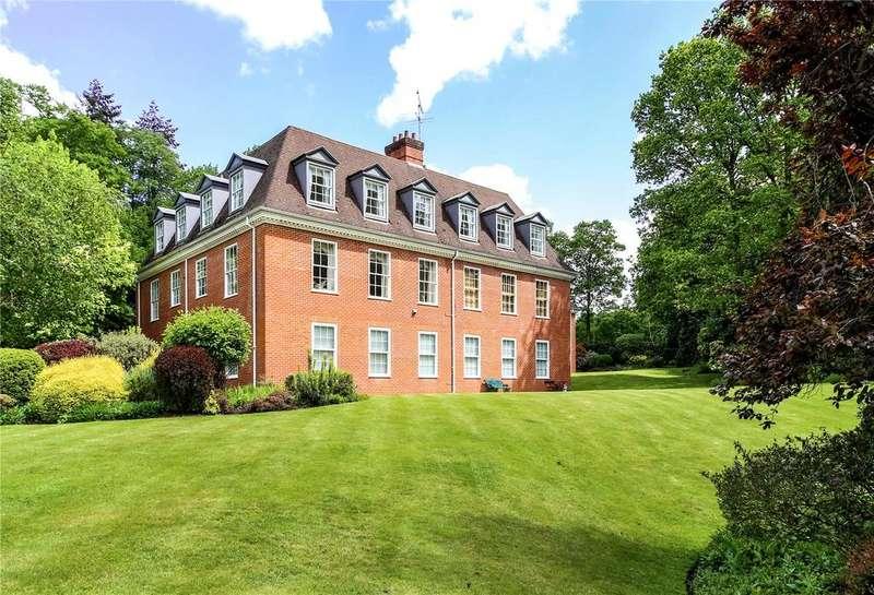 2 Bedrooms Unique Property for sale in Beaufort House, Hillside Park, Sunningdale, Berkshire, SL5