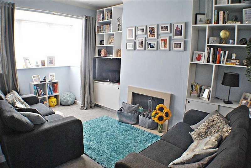 3 Bedrooms Terraced House for sale in Charlton Road, Kingswood, Bristol
