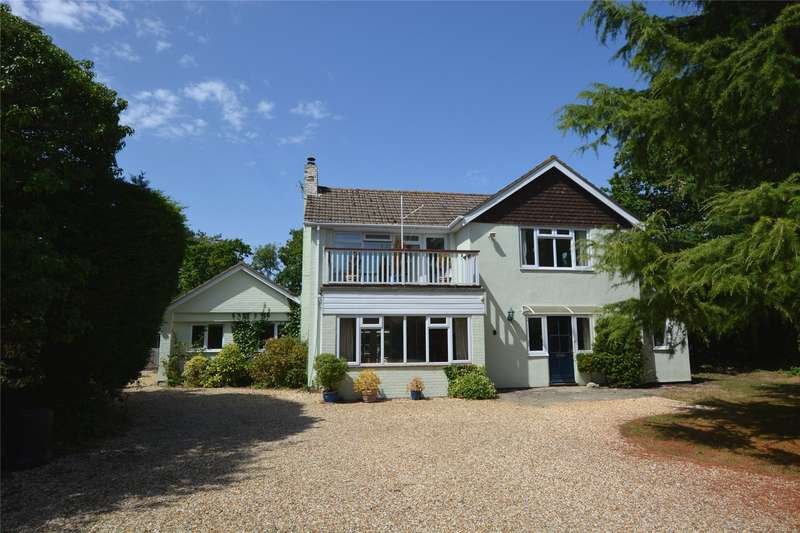 3 Bedrooms Detached House for sale in Norley Wood, Lymington, Hampshire, SO41