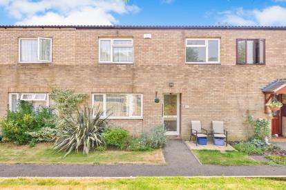3 Bedrooms Terraced House for sale in Myrtle Bank, Stacey Bushes, Milton Keynes