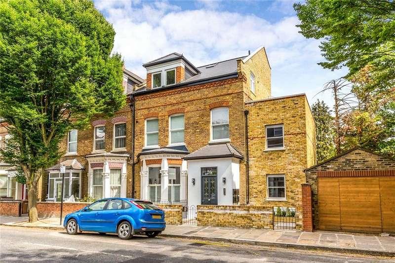 2 Bedrooms Flat for sale in Adolphus Road, London, N4