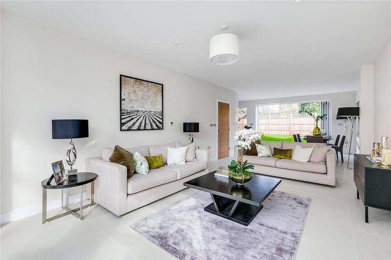 4 Bedrooms Semi Detached House for sale in Daylesford Avenue, Putney, London