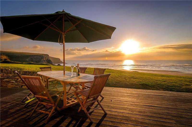 6 Bedrooms Detached House for sale in Tredragon Road, Mawgan Porth, Newquay, Cornwall, TR8