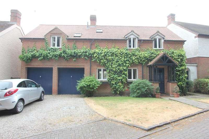 4 Bedrooms Detached House for sale in Pilgrims Gate, Burbage