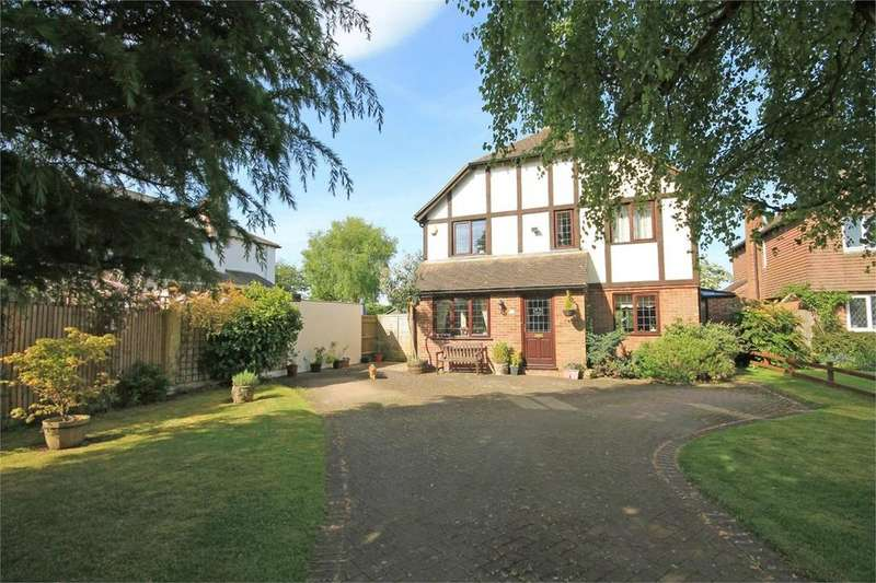 4 Bedrooms Detached House for sale in Mead Close, Peasemore, NEWBURY, RG20