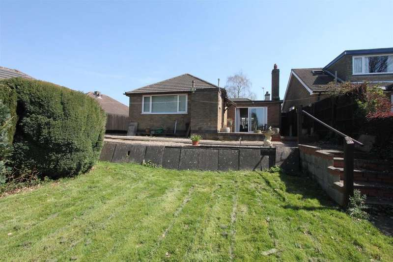 2 Bedrooms Detached Bungalow for sale in Spinney Road, Burbage
