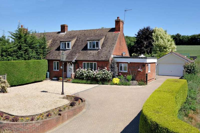 3 Bedrooms Semi Detached House for sale in Boxted, Bury St. Edmunds