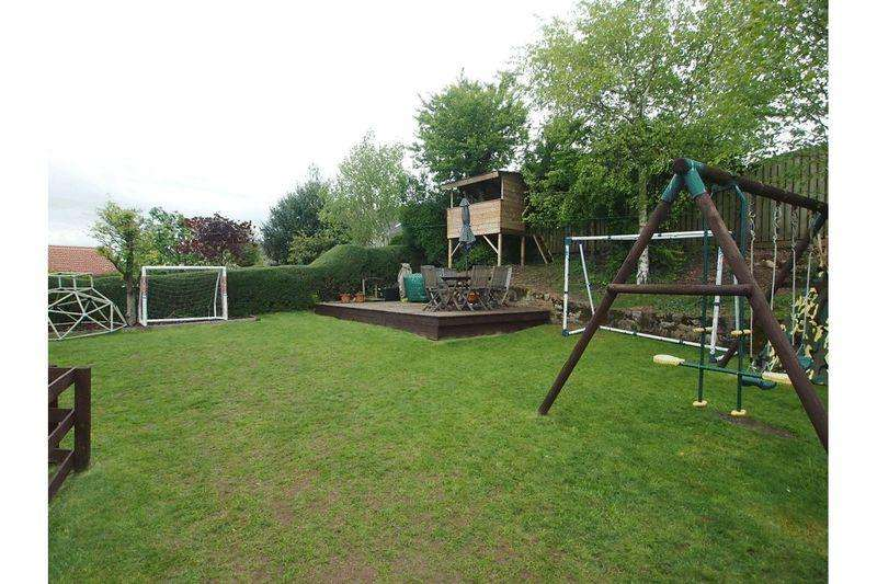 4 Bedrooms Semi Detached House for sale in Orchard Avenue, Bolton Le Sands, Carnforth