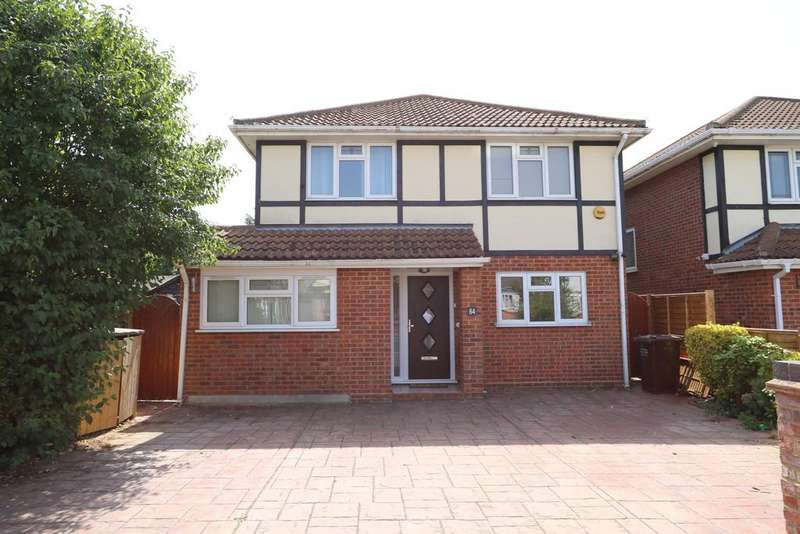 4 Bedrooms Detached House for sale in Chesterfield Avenue, Benfleet SS7